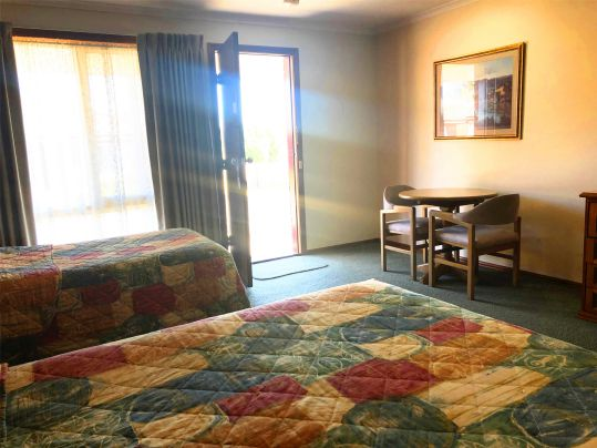 Standard Twin Rooms